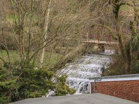 Daron Lodge - North Wales - 1043672 - thumbnail photo 15