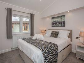 Sherwood 12 (Gold 2 Bedroom) - Lake District - 1043797 - thumbnail photo 15