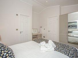 Sherwood 12 (Gold 2 Bedroom) - Lake District - 1043797 - thumbnail photo 17