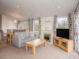 Capernwray 21 (Platinum 3 Bedroom-Pet with Hot Tub) - Lake District - 1043800 - thumbnail photo 6