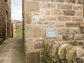 Kestrel Cottage - Peak District - 1043803 - thumbnail photo 2