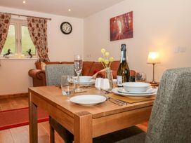Kestrel Cottage - Peak District - 1043803 - thumbnail photo 6