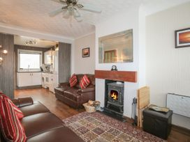 Fern Hill Cottage - Anglesey - 1043827 - thumbnail photo 3