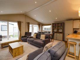 Lodge ASHR54 at Tarka - Devon - 1043959 - thumbnail photo 2