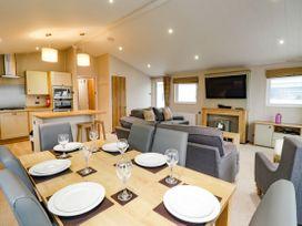 Lodge ASHR54 at Tarka - Devon - 1043959 - thumbnail photo 8