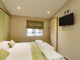 Lodge ASHR54 at Tarka - Devon - 1043959 - thumbnail photo 11
