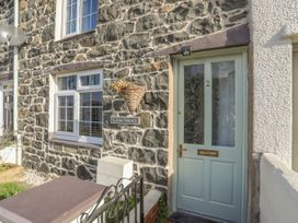 2 Alma Terrace - North Wales - 1044017 - thumbnail photo 2