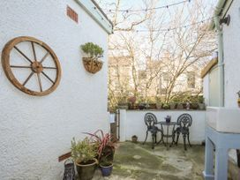 2 Alma Terrace - North Wales - 1044017 - thumbnail photo 19