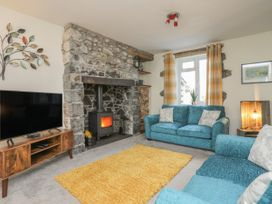 2 Alma Terrace - North Wales - 1044017 - thumbnail photo 3
