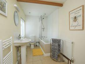 2 Alma Terrace - North Wales - 1044017 - thumbnail photo 18