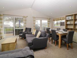 Lodge 69 at Riviera Bay - Devon - 1044084 - thumbnail photo 4
