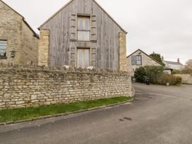 Hay Barn - Cotswolds - 1044274 - thumbnail photo 25