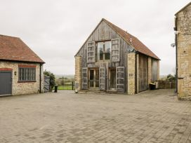 Hay Barn - Cotswolds - 1044274 - thumbnail photo 1
