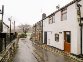 Triangle Inn Coachouse - Mid Wales - 1044333 - thumbnail photo 1