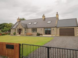 4 bedroom Cottage for rent in Kinloss