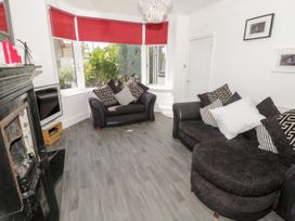 4 Berwyn Crescent - North Wales - 1044589 - thumbnail photo 3