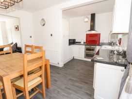 4 Berwyn Crescent - North Wales - 1044589 - thumbnail photo 6