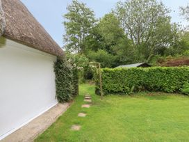 Thatch Cottage - Dorset - 1044627 - thumbnail photo 26