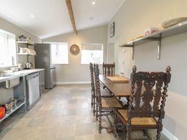 Glanbrogan Cottage - Mid Wales - 1044629 - thumbnail photo 8