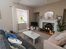 School House Cottage - Whitby & North Yorkshire - 1044706 - thumbnail photo 3