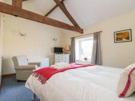 Swan Cottage - Whitby & North Yorkshire - 1044747 - thumbnail photo 14