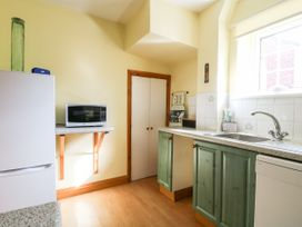 Swan Cottage - Whitby & North Yorkshire - 1044747 - thumbnail photo 11