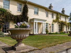 Sandwell Manor - Devon - 1044783 - thumbnail photo 2