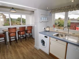 7 Lilac Terrace - Whitby & North Yorkshire - 1044845 - thumbnail photo 10