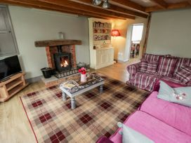 7 Lilac Terrace - Whitby & North Yorkshire - 1044845 - thumbnail photo 3