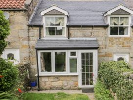 7 Lilac Terrace - Whitby & North Yorkshire - 1044845 - thumbnail photo 2