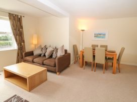 12 Llys Rhostrefor - Anglesey - 1044884 - thumbnail photo 5