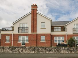 12 Llys Rhostrefor - Anglesey - 1044884 - thumbnail photo 2