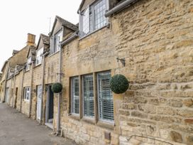 Cotstone Cottage - Cotswolds - 1044896 - thumbnail photo 3