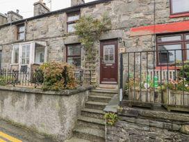 4 Arthur Terrace - North Wales - 1044982 - thumbnail photo 5