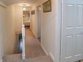 4 Arthur Terrace - North Wales - 1044982 - thumbnail photo 13