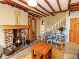 Crabapple Cottage - Whitby & North Yorkshire - 1044991 - thumbnail photo 4