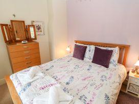 Crabapple Cottage - Whitby & North Yorkshire - 1044991 - thumbnail photo 13