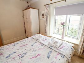 Crabapple Cottage - Whitby & North Yorkshire - 1044991 - thumbnail photo 14