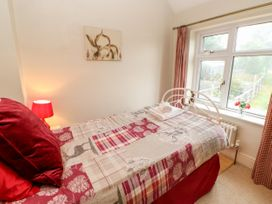 Crabapple Cottage - Whitby & North Yorkshire - 1044991 - thumbnail photo 15