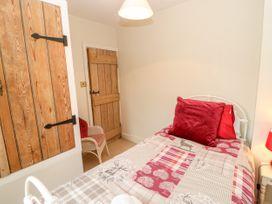 Crabapple Cottage - Whitby & North Yorkshire - 1044991 - thumbnail photo 16