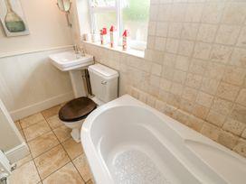 Crabapple Cottage - Whitby & North Yorkshire - 1044991 - thumbnail photo 19