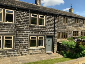 Little Hollin Hey - Yorkshire Dales - 1045157 - thumbnail photo 1