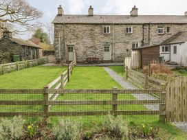Holly Tree Cottage - Lake District - 1045374 - thumbnail photo 24