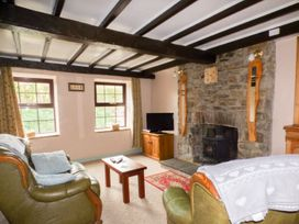 Old Railway Inn Cottage - South Wales - 1045486 - thumbnail photo 4