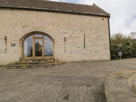 The Dove Barn - Cotswolds - 1045846 - thumbnail photo 2