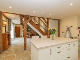 The Dove Barn - Cotswolds - 1045846 - thumbnail photo 15