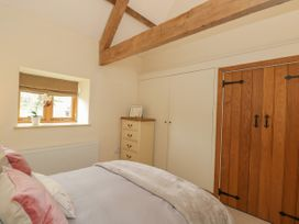 The Dove Barn - Cotswolds - 1045846 - thumbnail photo 22