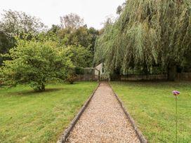 Endeavour - Kent & Sussex - 1045970 - thumbnail photo 3