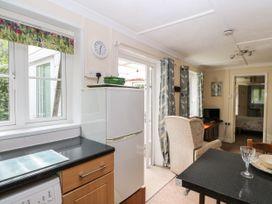 Endeavour - Kent & Sussex - 1045970 - thumbnail photo 8