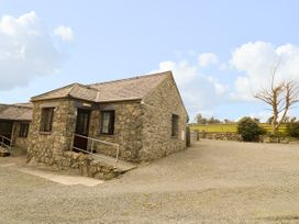 2 bedroom Cottage for rent in Gaerwen